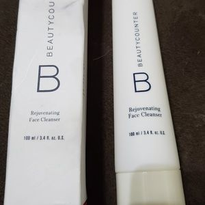 Beautycounter rejuvenating face cleanser